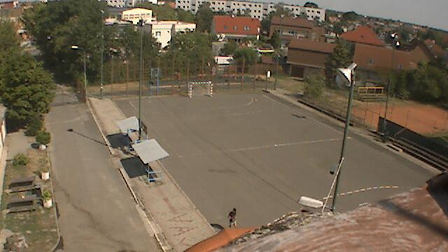Webkamera Bratislava - Vajnory: Vajnory − Hádzanárske ihrisk