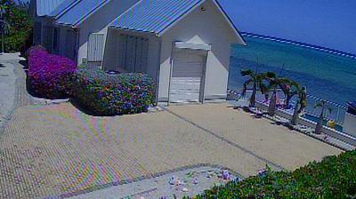 Tageslicht webcam ansicht von Driftwood Village: Cayman Chillin Cam 1, Grand Cayman