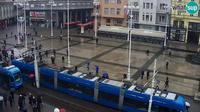 Zagreb: Ban Jela?i? Square - Overdag