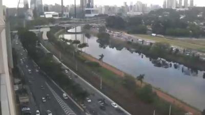 Webcam R. Verbo Divino: Avenida Marginal Pinheiros esq. R