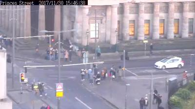 Webcam Edinburgh: Prices Street°