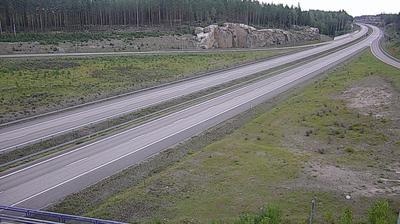 Daylight webcam view from Virolahden Kirkonkylä: Tie 7 − Kattilainen