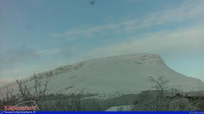 Vista de cámara web de luz diurna desde Kummavuopio: Enontekio, Kilpisjärvi, Saana, Finland