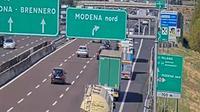 Modena: Mod�ne - �milie-Romagne - Overdag