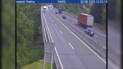 Vue webcam de jour à partir de Pajčice: A1/E57, Maribor − Ljubljana, viadukt Slatina