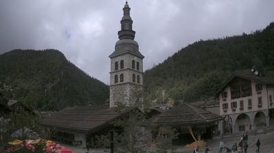 Vue webcam de jour à partir de La Clusaz: Panoramic Centre village