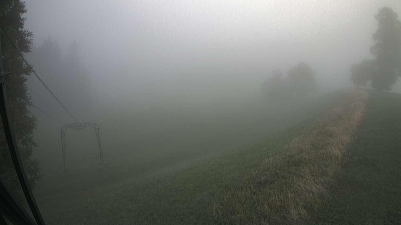 Webkamera Ghöch: Bäretswil − Skilift − Mastenlift