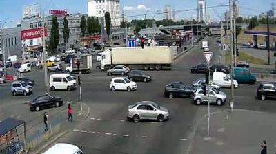Daylight webcam view from Kurenivka: Obolonskiy Prosp