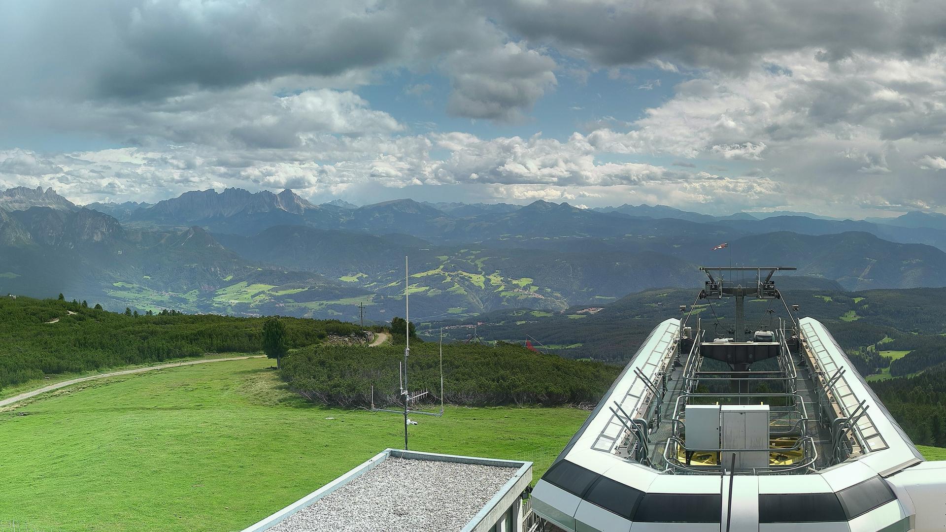 Webcam Soprabolzano: Oberbozen − Ritten Naturidylle Geyre