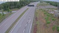 Alvsjo stadsdelsomrade: Långbro (Kameran är placerad på E Strängnäsvägen mellan trafikplats Nykvarn och trafikplats Vasa, och är riktad mot Stockholm. I bilden syns Trafikverkets trafikinformationsskylt) - Dia