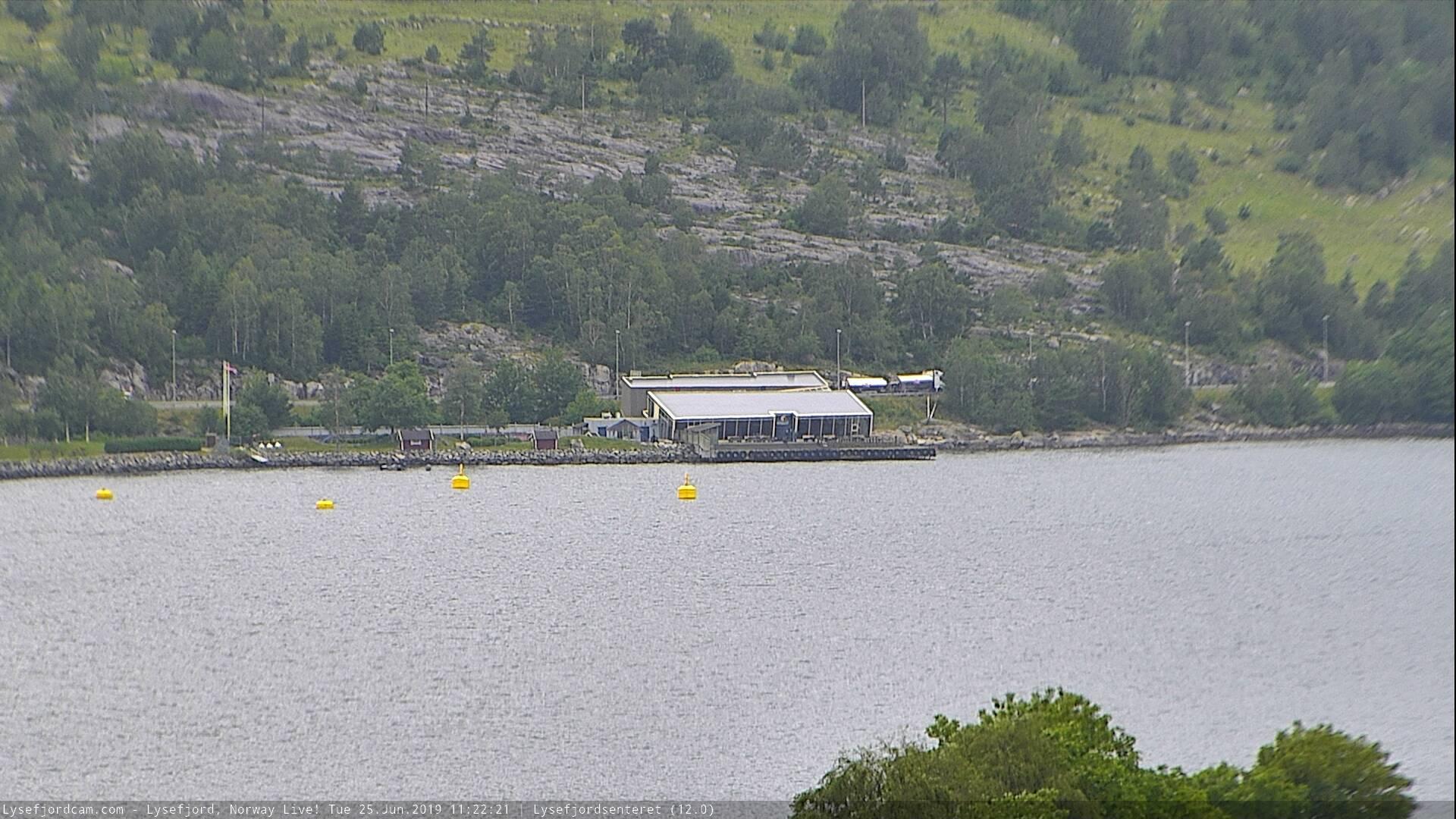 Webkamera Oanes › North-West: Lysefjordsenteret AS