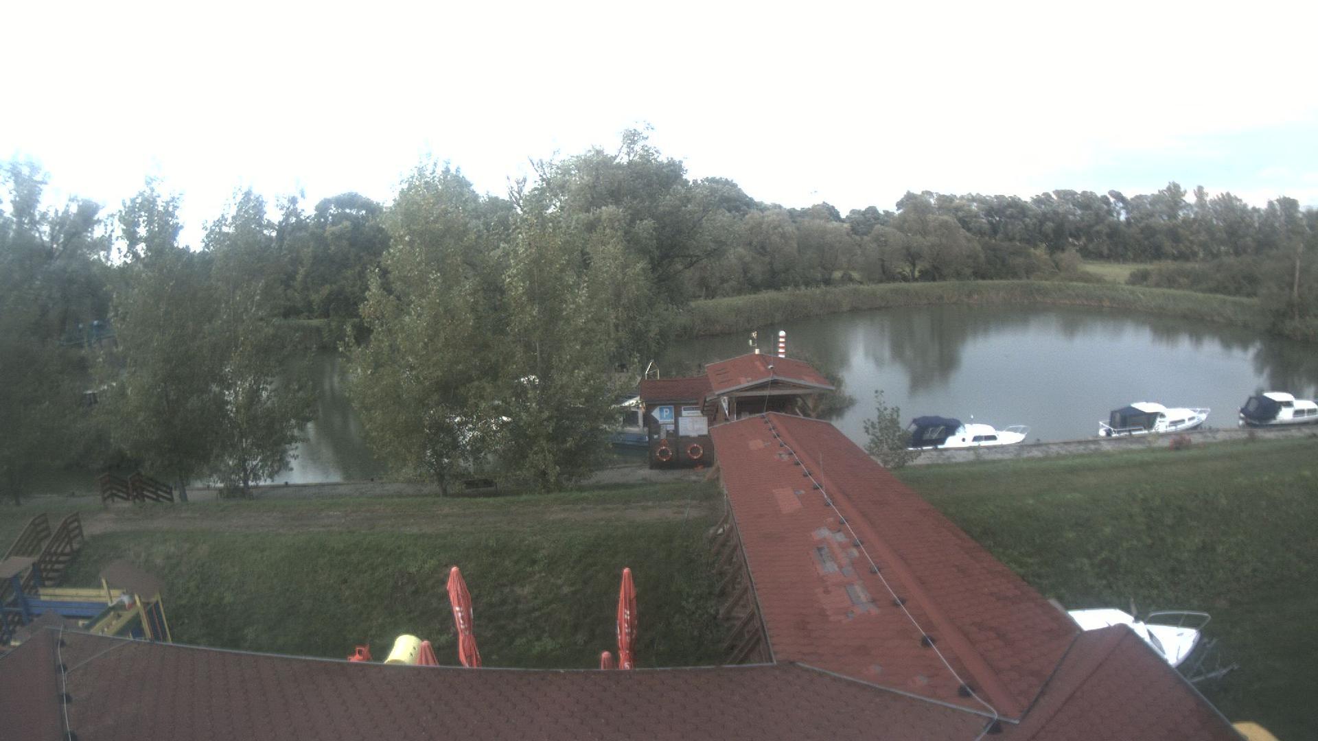 Webcam Skalica › North: Baťa Canal