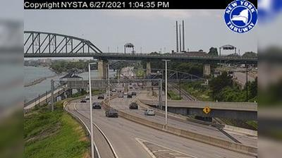 Tageslicht webcam ansicht von Buffalo › South: I 190 South of the Peace Bridge