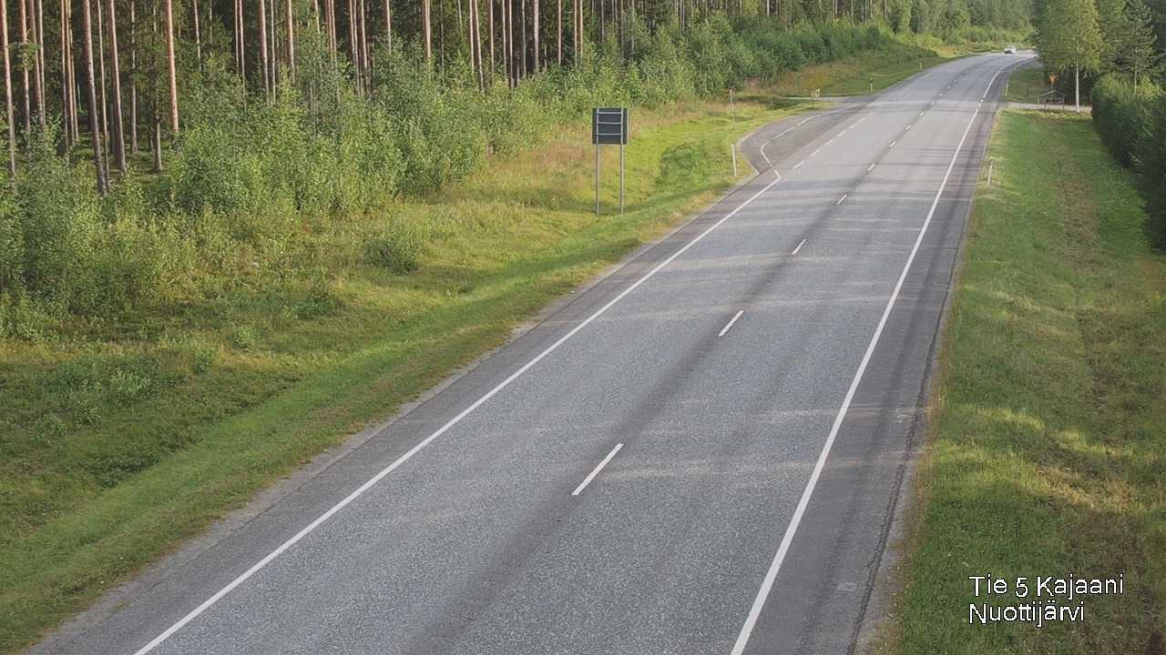 Webkamera Kajaani: Tie 5 − Nuottijärvi
