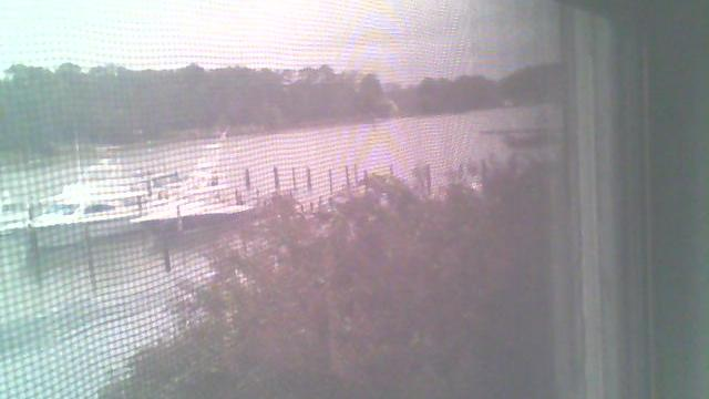 Webcam Sunnybank: Smith Point Marina Gas Dock