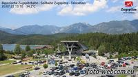 Grainau: Bayerische Zugspitzbahn - Seilbahn Zugspitze - Talstation - Overdag