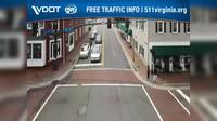 Fairfax: University Drive and North Street Facing NB Traffic - Overdag