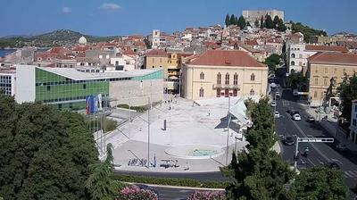 Vista actual o última desde Šibenik: Poljana square