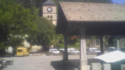 Vue webcam de jour à partir de Samoëns: Village Place de la Grenette (WEBSAMOENS)