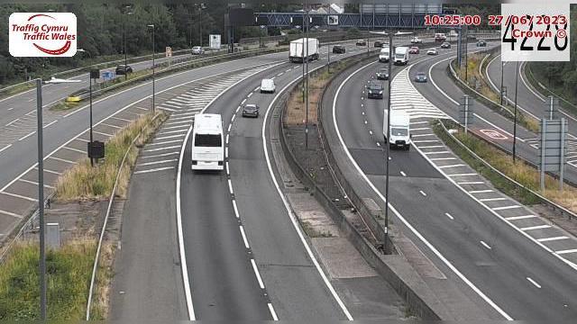 Webkamera Newport: M4 eastbound between junctions 26 and 25A
