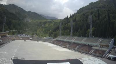Daylight webcam view from Gornyy Sadovod: Medeo Rink