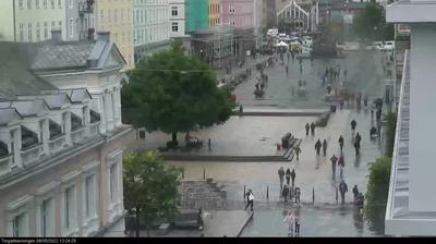 Daylight webcam view from Bergen: Torgallmenningen
