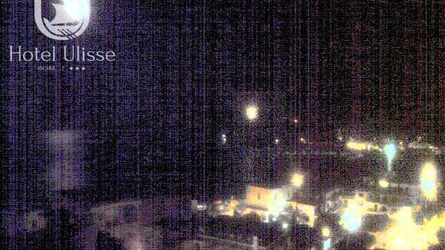 Webcam Ischia › South-East: Castello Aragonese, borgo e g