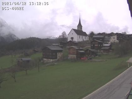 Ernen: Dorfansicht mit Kirche