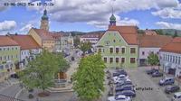 Waldmunchen: Marktplatz - Blickrichtung (N) zum Rathaus - Dagtid