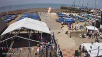 Canterbury › North: Whitstable Yacht Club - Overdag