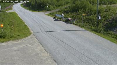 Daylight webcam view from Utsjoki: Tie 970 − Nuorgam − Norjan rajalle