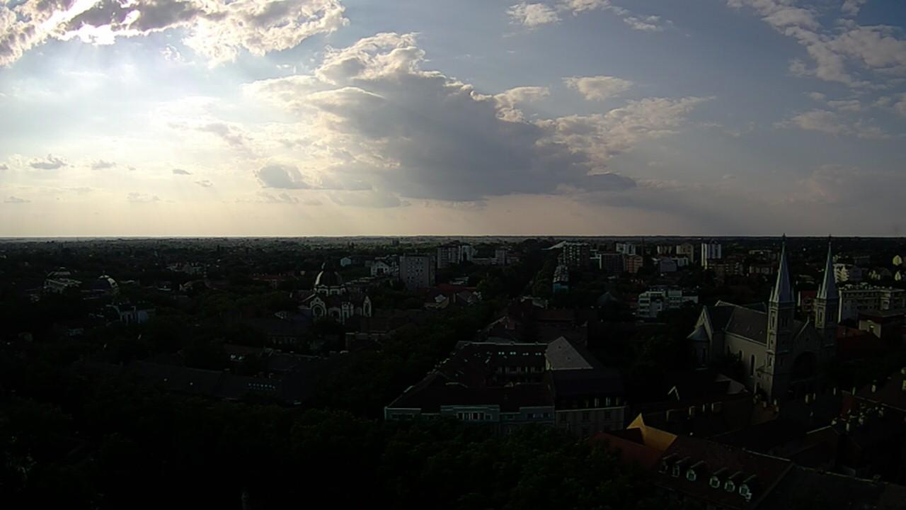 Webcam Subotica › North-West: Franciscan Church − Otvoren