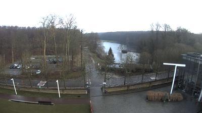 Daylight webcam view from Tervuren › South East: Kasteelvijver − Park van Tervuren