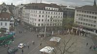 Basel: Barfüsserplatz - Overdag