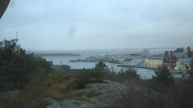 Webkamera Sirevåg › North: Lake and Village