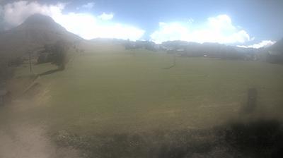 Thumbnail of Saint-Jean-de-Maurienne webcam at 2:11, Mar 8