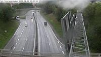 Stuvsta-Snattringe: Tpl Stor�ngsleden (Kameran �r placerad p� v�g  Huddingev�gen i h�jd med trafikplats Stor�ngsleden och �r riktad mot Stockholm) - Overdag