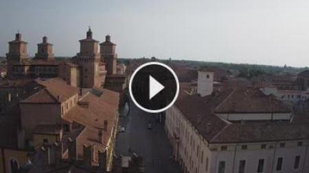 Webcam Ferrara: corso martiri e castello