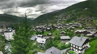 Morzine: A panoramic view of - El día