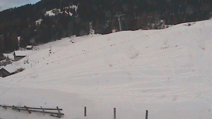Webkamera Innerkrems › North-West: Ski, Moutain
