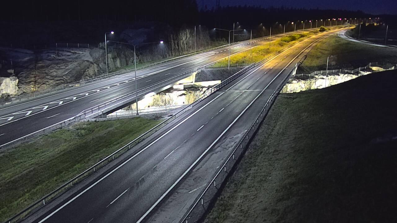 Webcam Kaarina: Tie 1 − Kirismäki − Turkuun