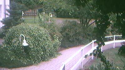 Webcam Friedensdorf: Eingang zum Senioren-Zentrum Dautphe