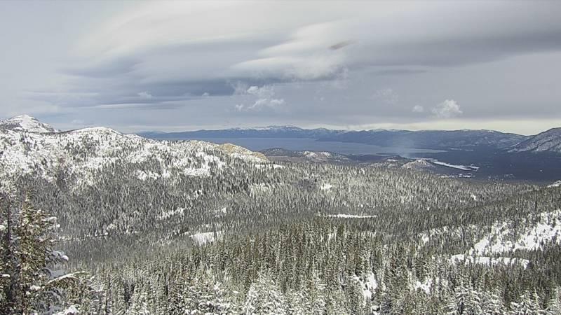 Webkamera Nebelhorn: Sierra at Tahoe − View of Lake Tahoe