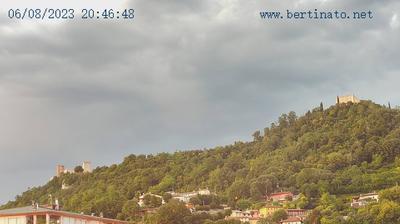 Thumbnail of Montecchio Maggiore-Alte Ceccato webcam at 7:04, Mar 8
