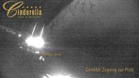 Obertauern: Hotel Cinderella - Blick auf die Flutlichtpiste und die Edelwei�sesselbahn in - Recent
