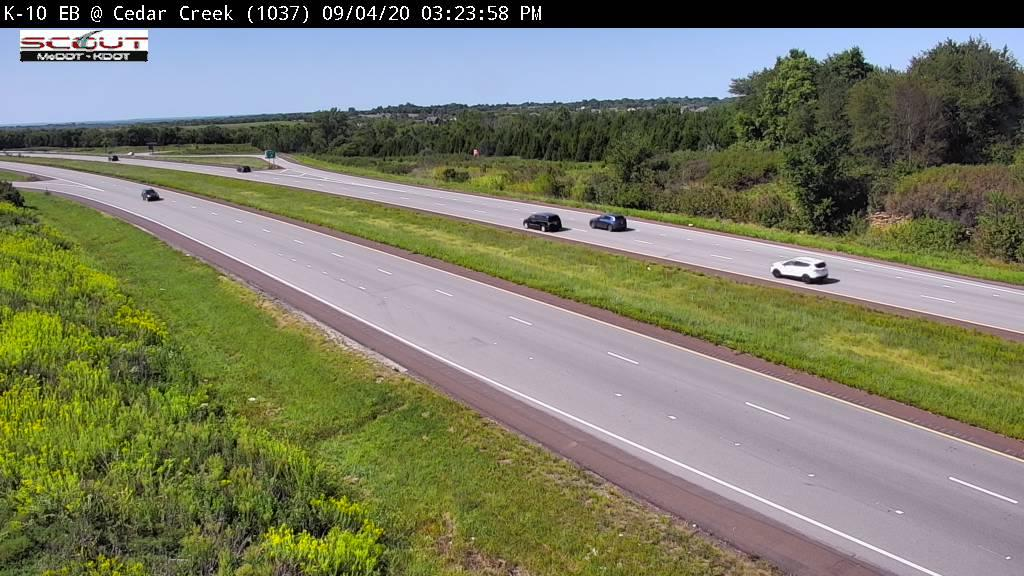 Webcam Cedar: K-10 East at − Creek