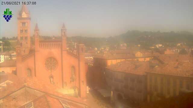 Webcam Alba: piazza del Duomo