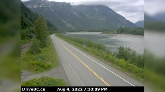 Webkamera Port Essington › East: Hwy 16, next to the Skeena
