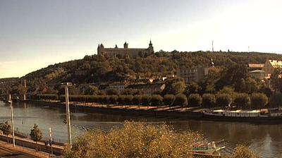 Thumbnail of Wurzburg webcam at 3:00, Mar 8