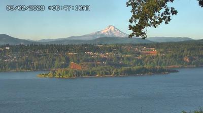Thumbnail of Hood River webcam at 7:13, Jan 28